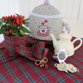 Tea Cozy Teapot, multicolour
