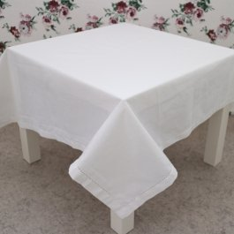 Tablecloth Hilda, White 140 x 250 cm