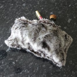 Toiletry Chinchilla, fake fur 30 x 20 cm