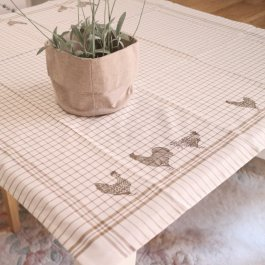 Tablecloth Farm Rooster, beige/vit 100 x 100 cm