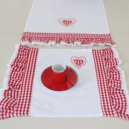 Placemat Heart volang, white 33 x 45 cm