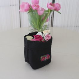 Fruit- or Breadbasket Shabby Rose Black, 15 x 24 cm