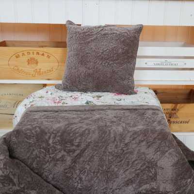 Bedspread Adele , double bed size 230 x 260 cm